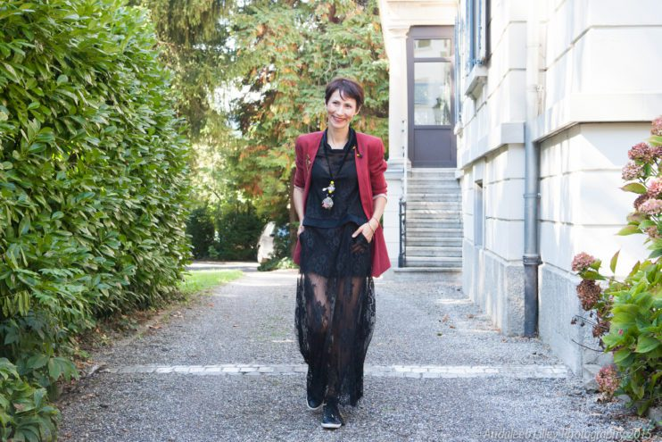 G star black dress necklace