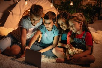 Kids and Technology, how to change the rules around using it at home